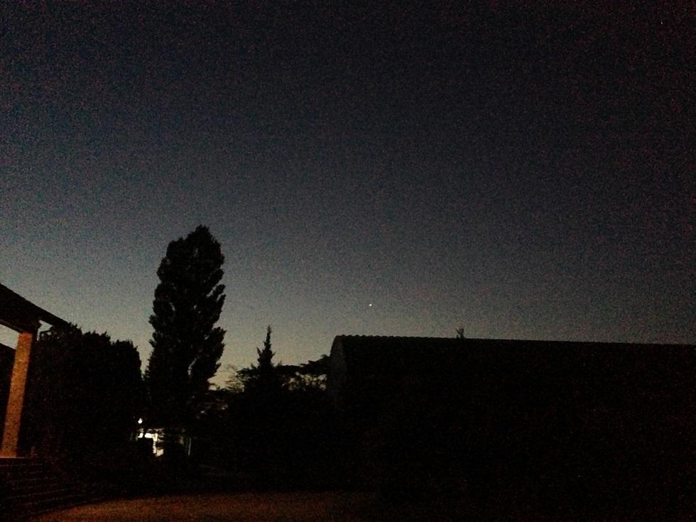 流れ星と月と街灯と・・・